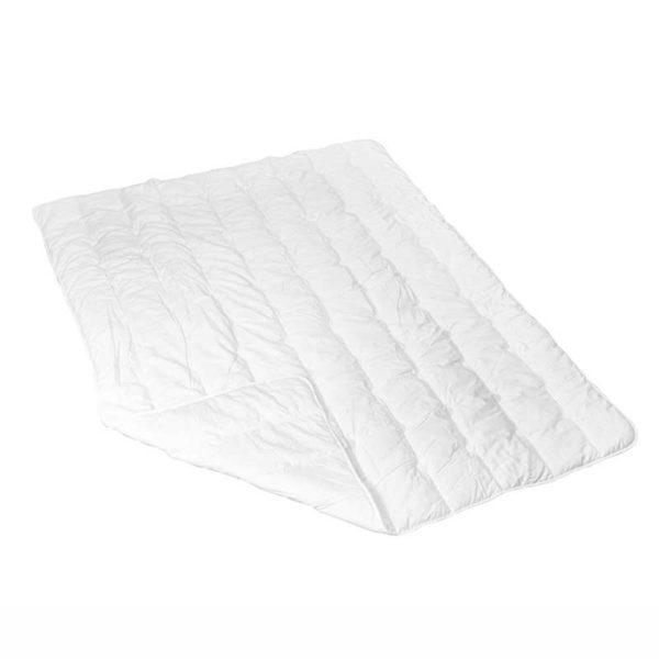 Lyocorn Decke vor einem weißen Hintergrund